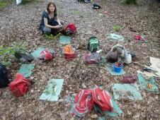 Indiáni se vydali na lov a v tábořišti zanechali pouze těhotné ženy.