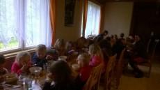 Odolní cyklisté si dojeli na oběd až do kempu do restaurace Skalák - mňam.