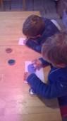 Předškoláci si vyzkoušeli pískování.